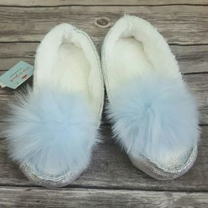 Cat & Jack Girls Silver Moccasin Pom Pom Slippers